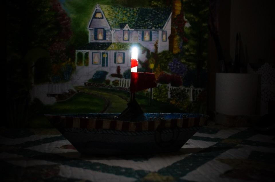 """2) """"свеча"""" — светодиод мерцает"""