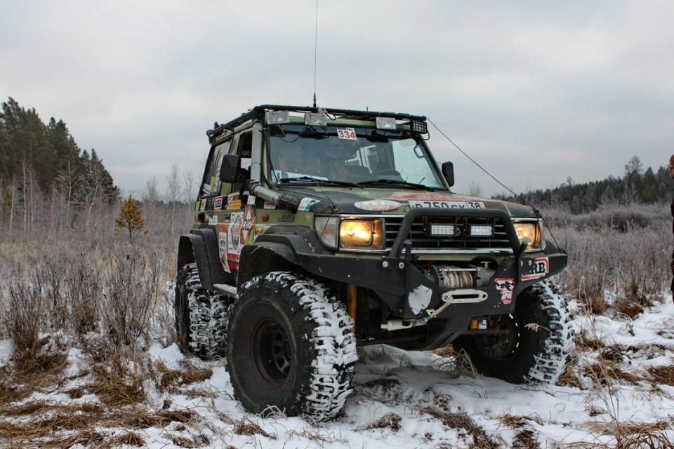 Small 4x4 Competition In Russia Siberia Extreme Division