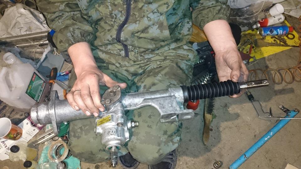 Ремонт рулевой рейки с гидроусилителем своими руками 23