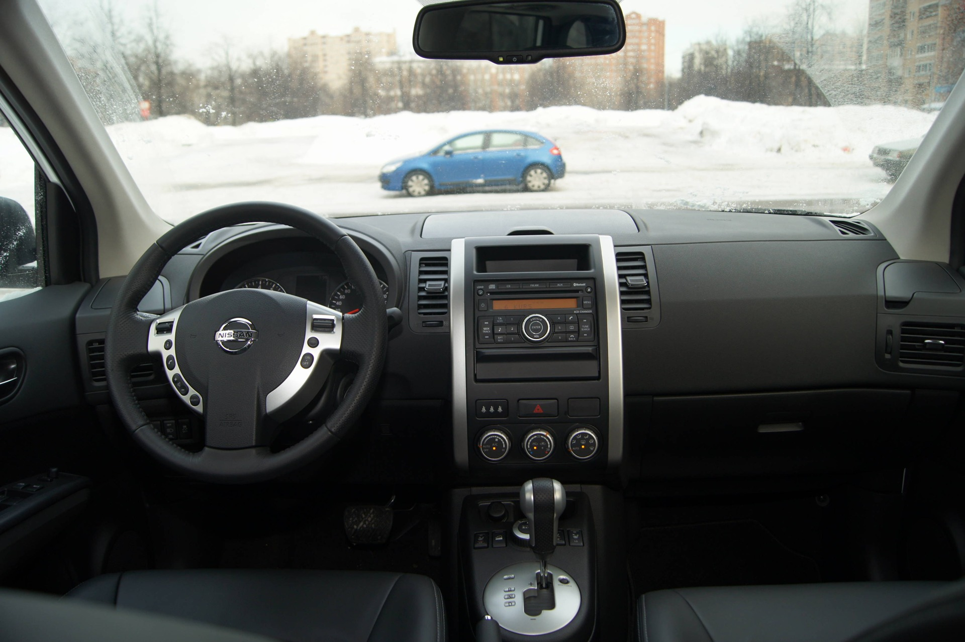 Nissan x trail фото салона