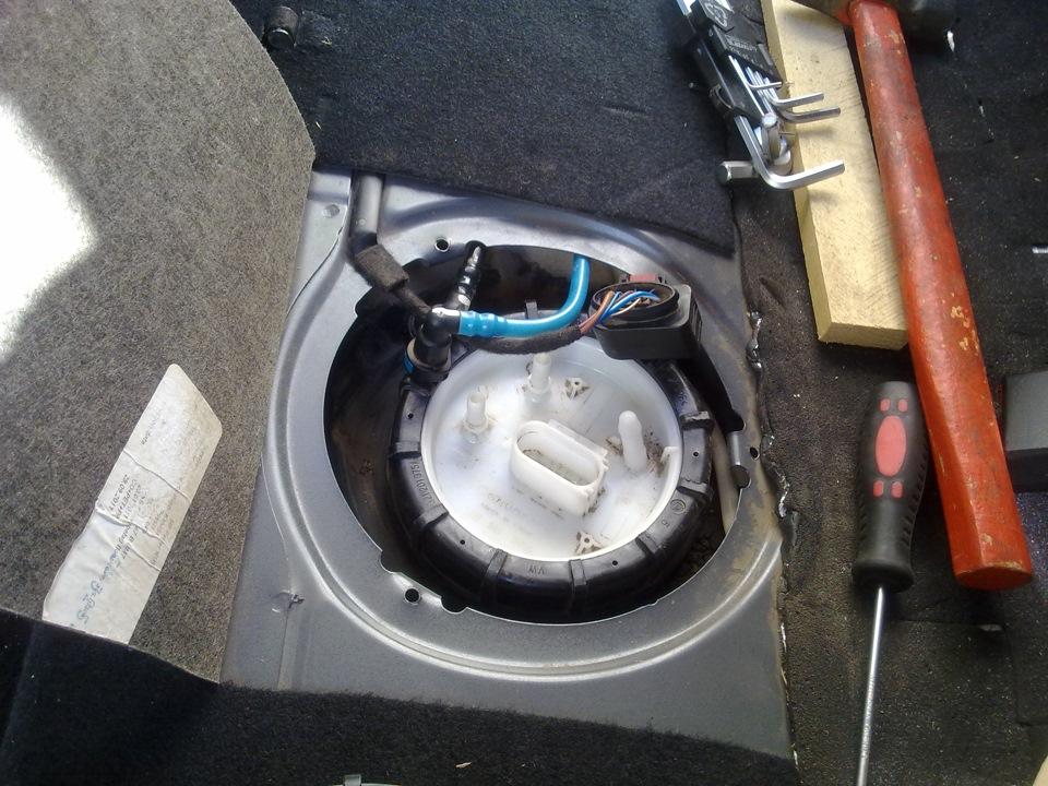 Замена топливного фильтра на поло седан своими руками