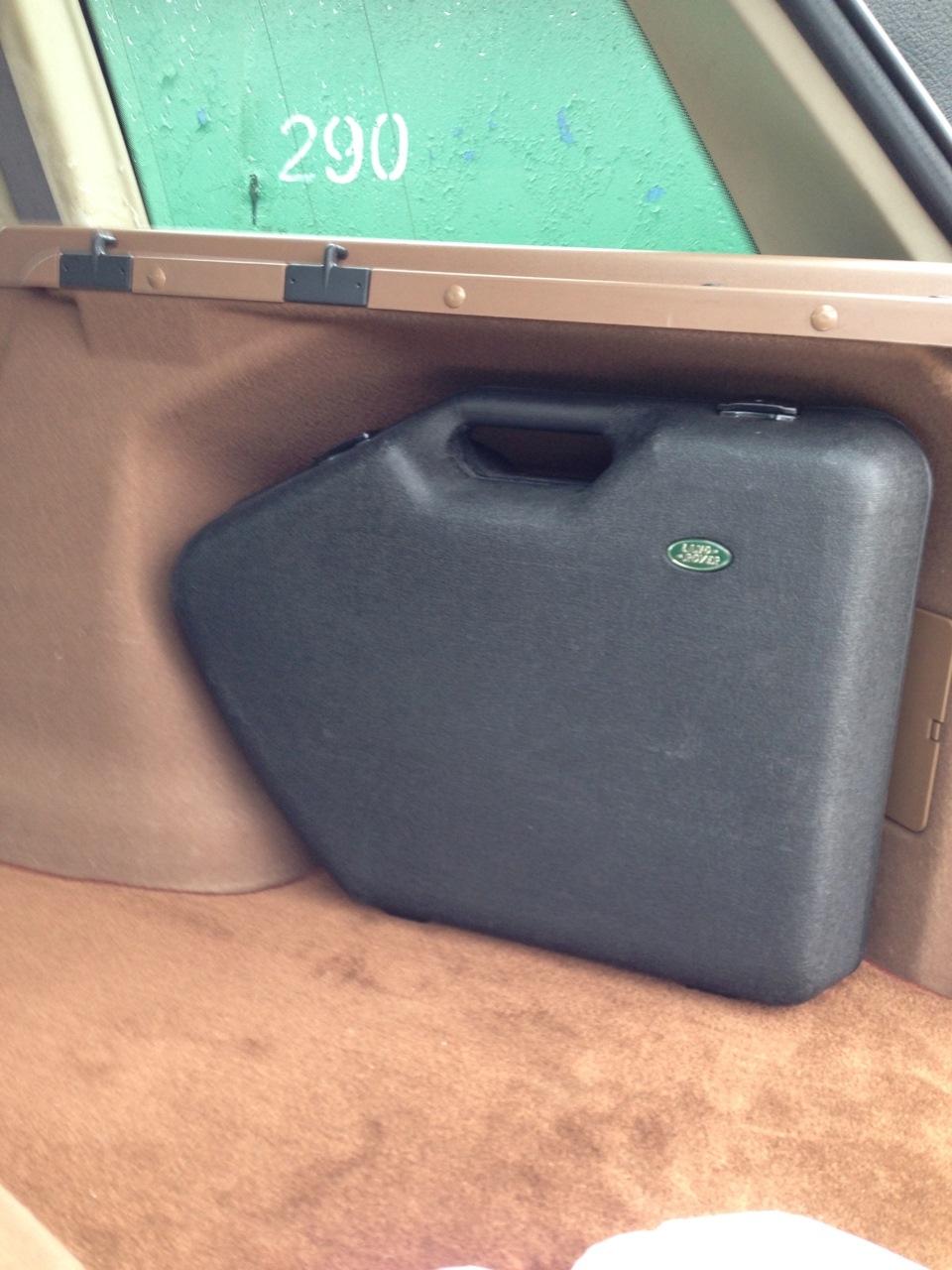 Vends valise accessoire STC8532 - 150 euros livraison incluse 82d0f1cs-960