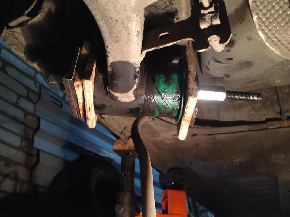 поменять сайлентблоки на задней балке пежо 308 производителя