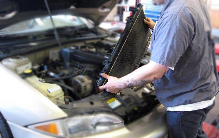 8387519s 960 - Течь в радиаторе автомобиля чем устранить