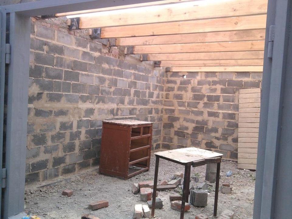 """Односкатная крыша для гаража : как сделать """"односкатку"""" своими руками"""