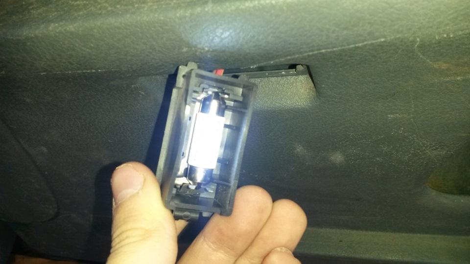 замена лампы багажника renault symbol