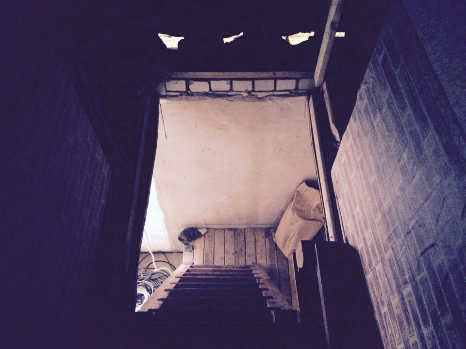 Как сделать лестницу на даче 931