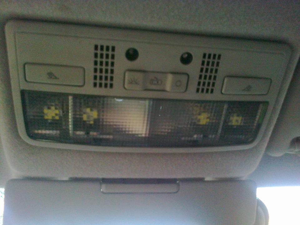 плафон освещения skoda с подсветкой диаграмм