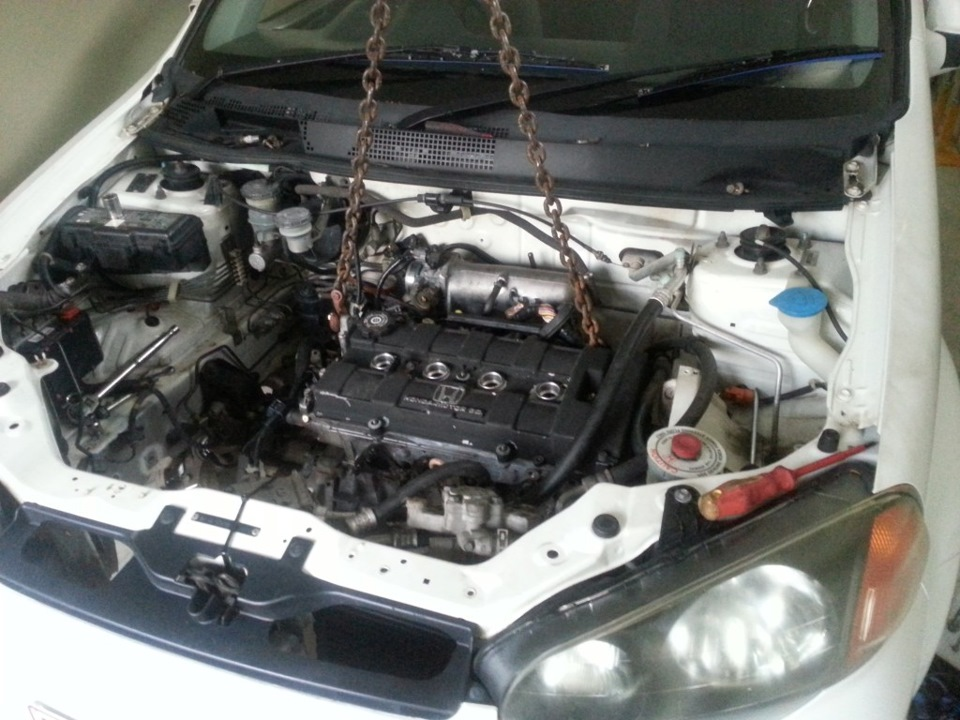 Interesting project: Honda HR-V swap D16 on B18 and K24