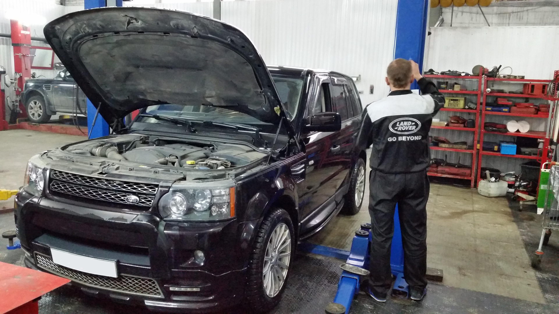 Oil change in automatic range rover sport rpm on drive2 on the table there is a necessary kit for replacing the transmission fluid in this gearbox 6 liters of original rrs zf oil about 55 liters of oil is solutioingenieria Gallery