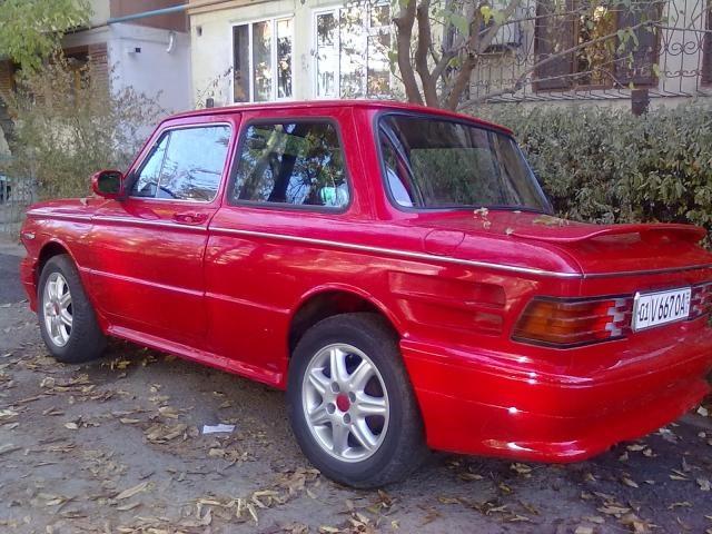 Красный мустанг кабриолет