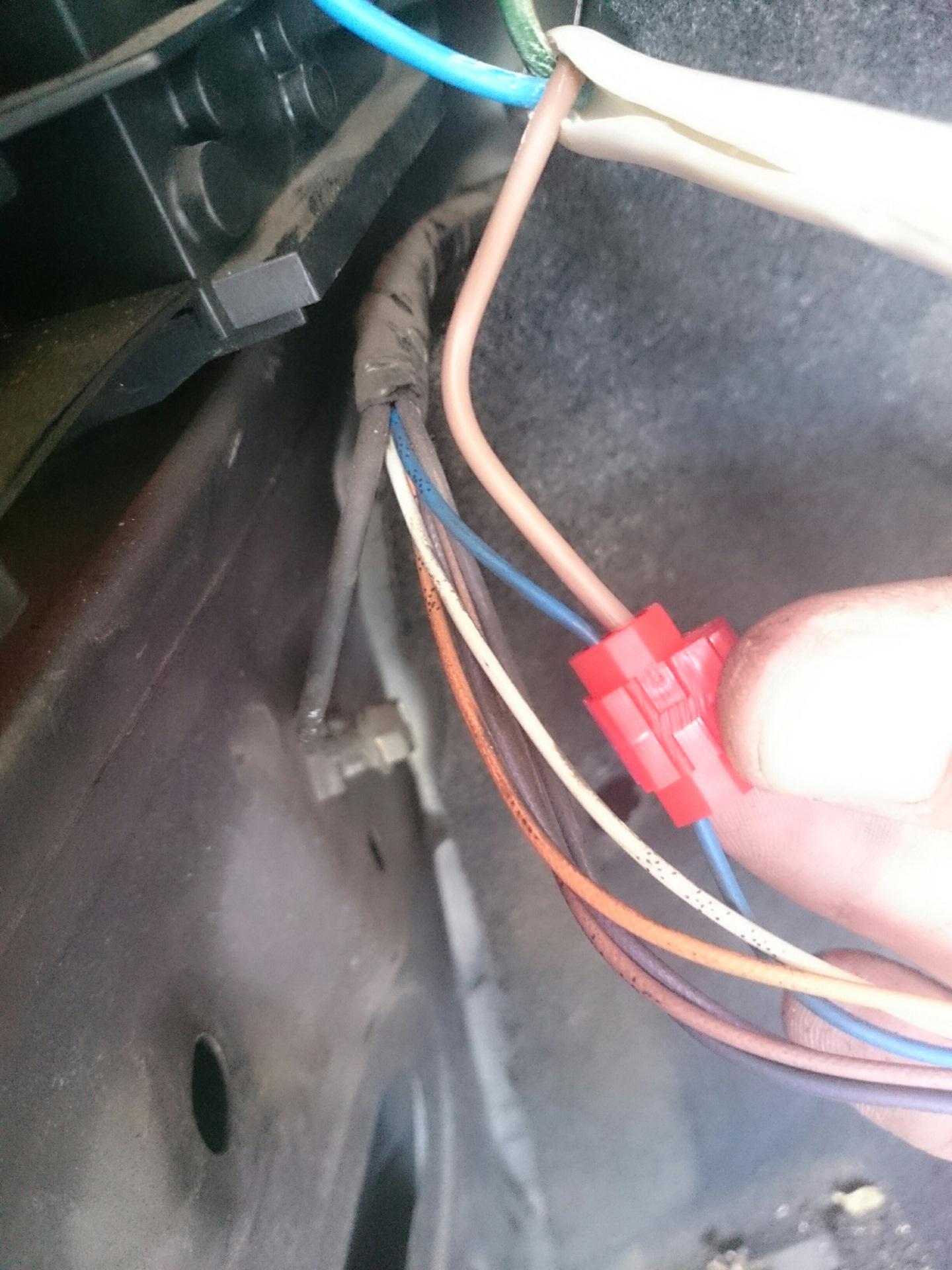 Фото старых подключение электропроводки фаркопа ноах видео оральный секс