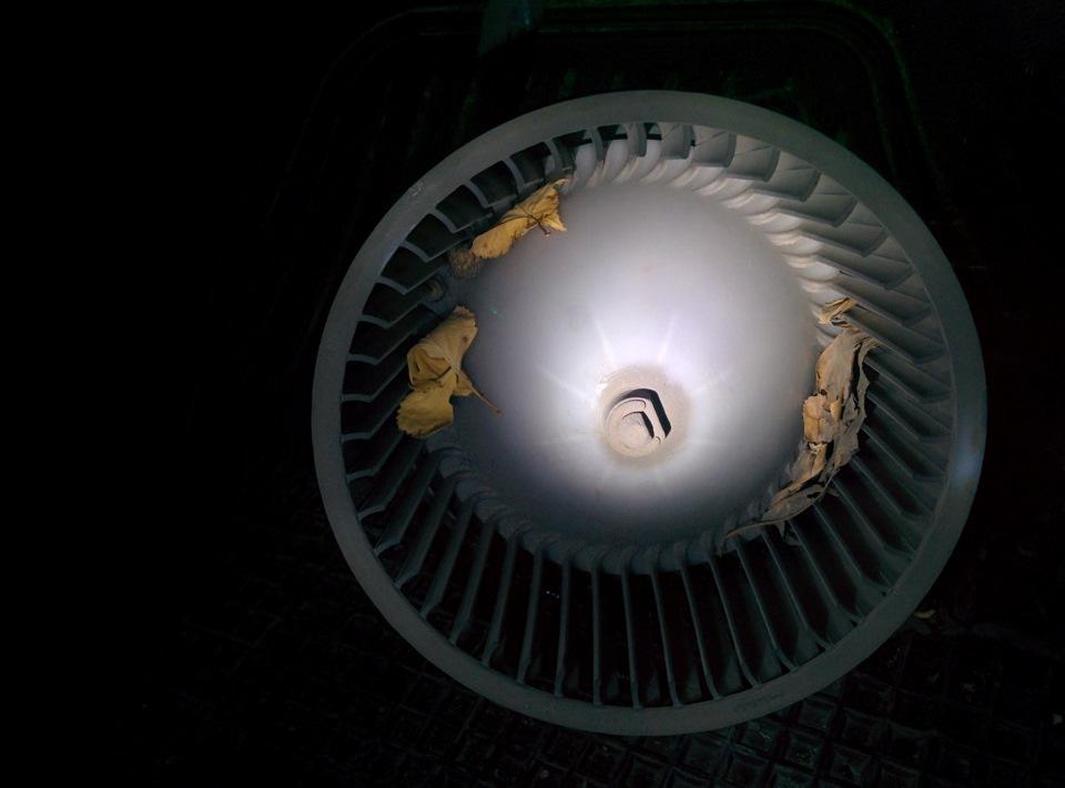 Замена вентилятора печки гетц Замена гидроблока акпп туарег
