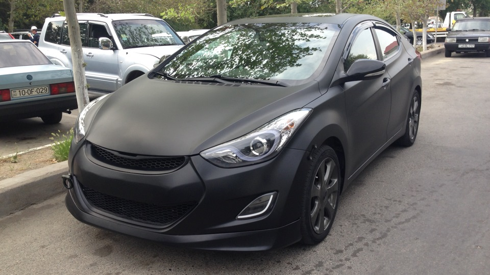 Hyundai Elantra Black Matte Drive2