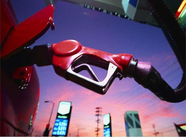 Розничные цены набензин иДТ 19октября еще незначительно выросли