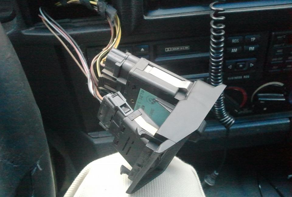 Замена выключателя головных фар bmw Покраска капота бмв х1