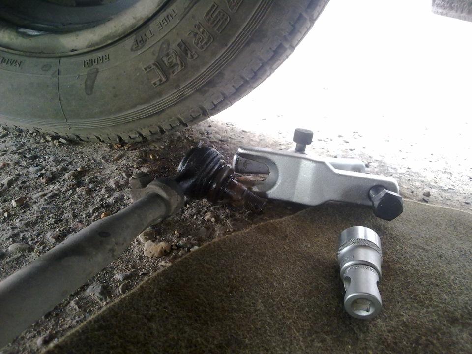 Как заменить пальцы на рулевых тягах