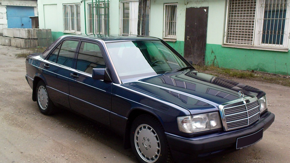 Mercedes benz 190 w201 second hand drive2 for Mercedes benz second