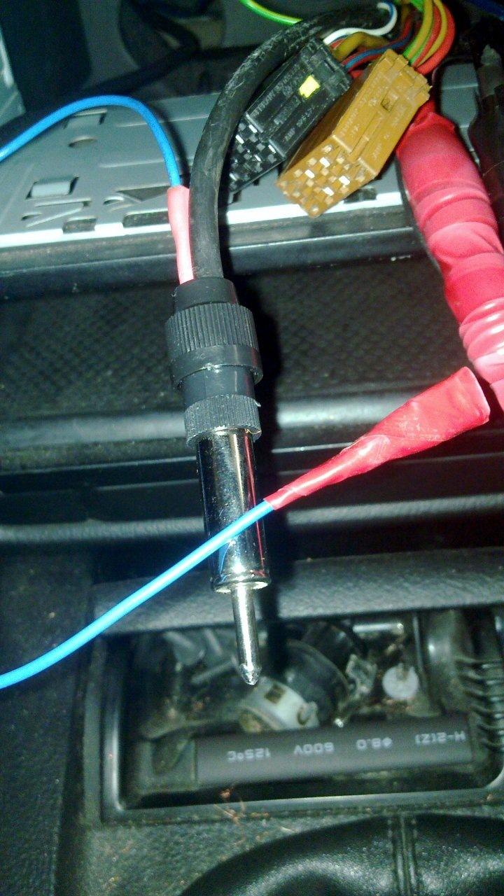 как подключить антенну в фольксваген-пассат