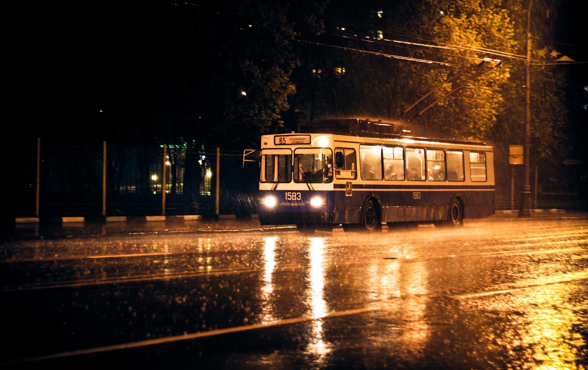 Рівним знову курсуватиме нічний тролейбус