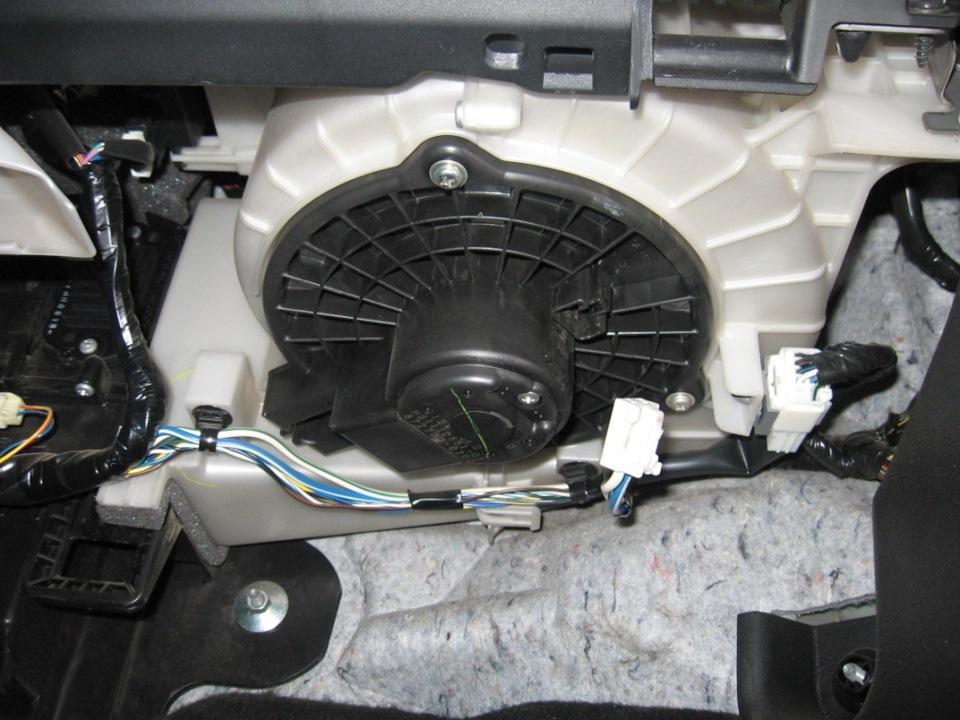 двигатель печки mazda 6