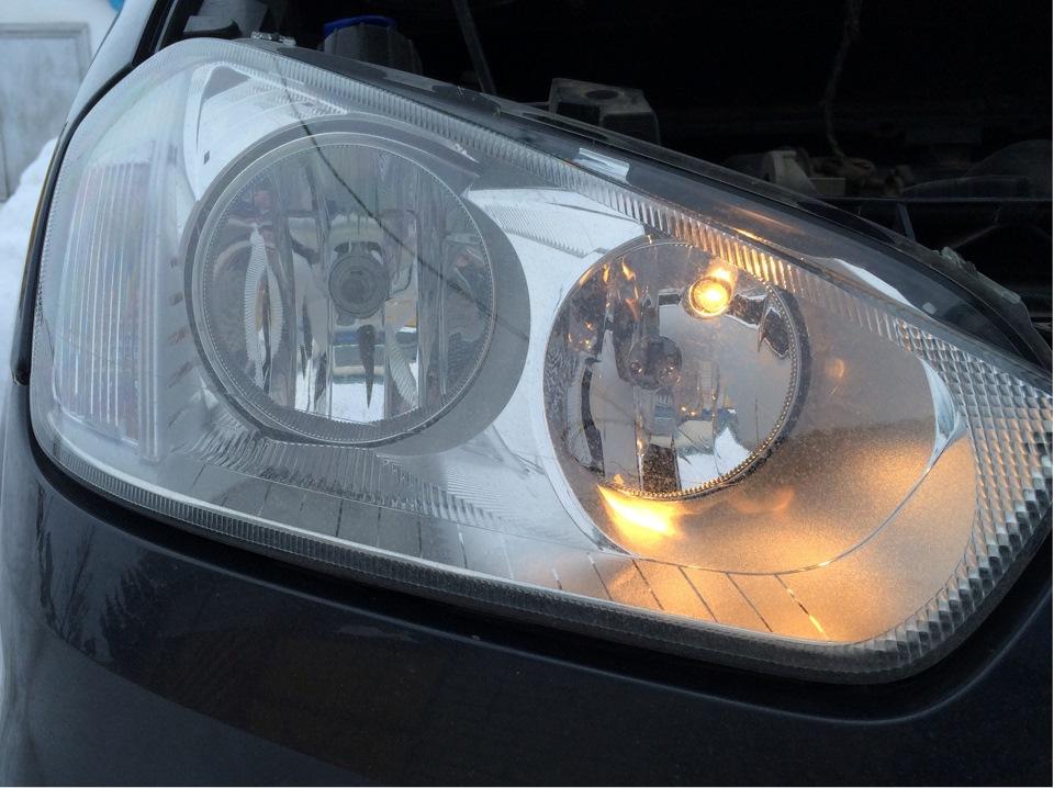 замена габаритных ламп ford c-max