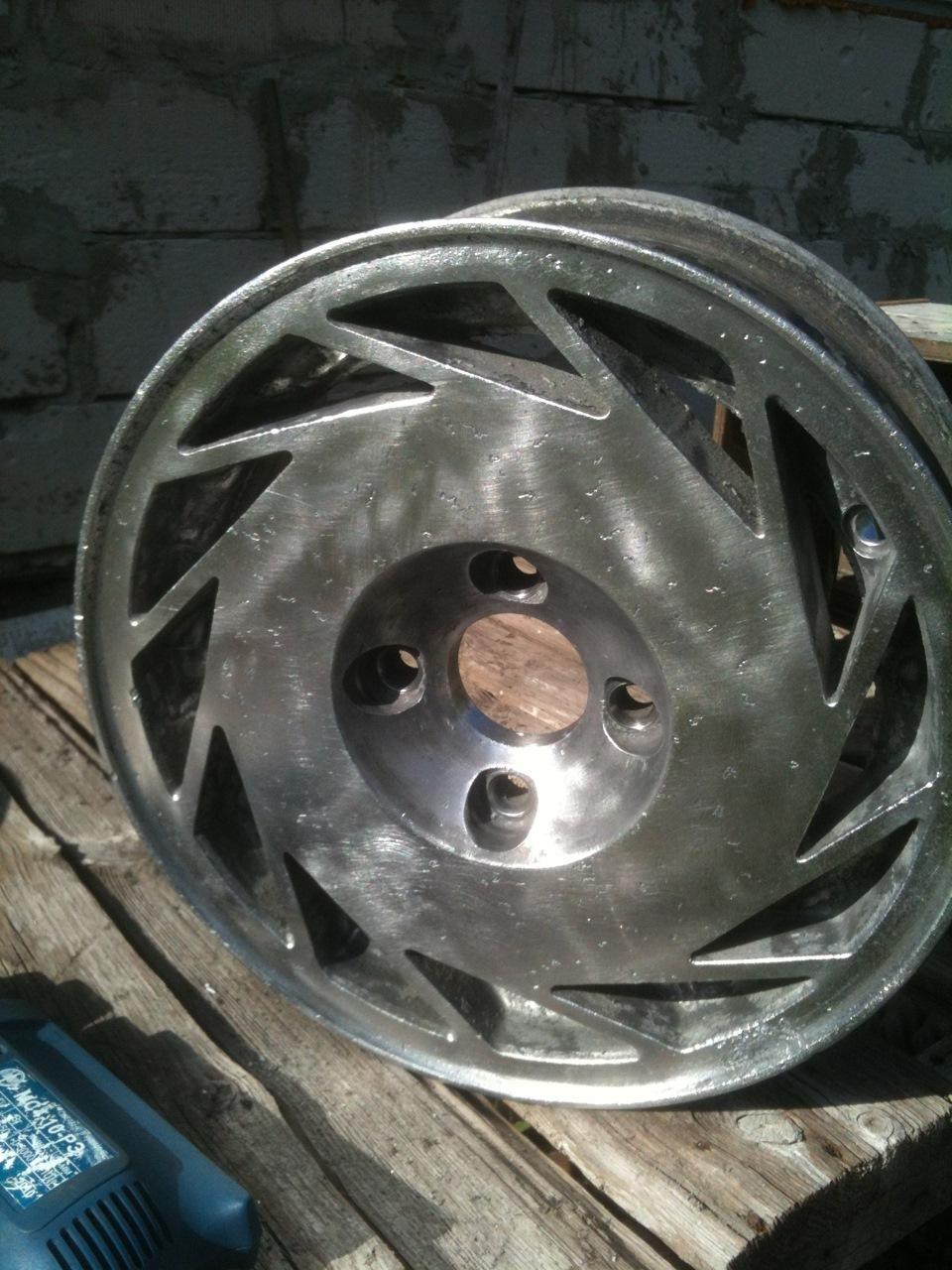 Кованые колесные диски, каталог 67 моделей - выбрать