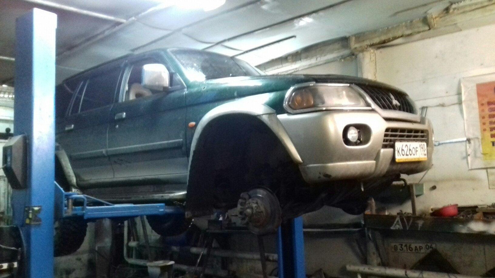 Замена рулевой машинки паджеро 2 Замена тормозной трубки с прокачкой хендай элантра j4