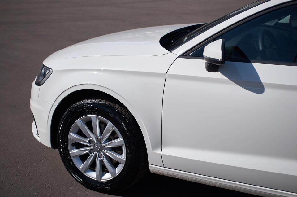 Audi A3 Sedan после кузовного ремонта. Вид сбоку.