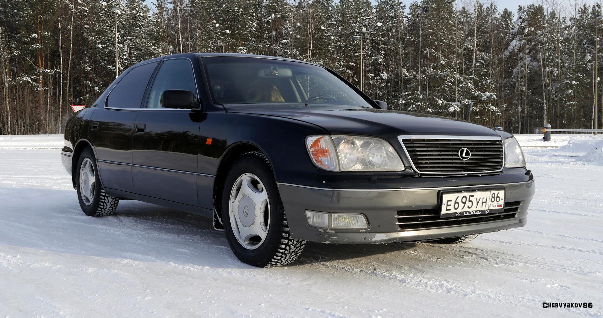 Что привлекает современников в автомобиле Мерседес 220 серии S