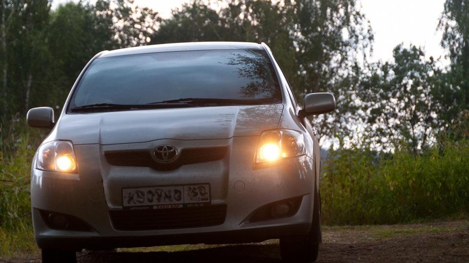 Toyota Auris Ириска