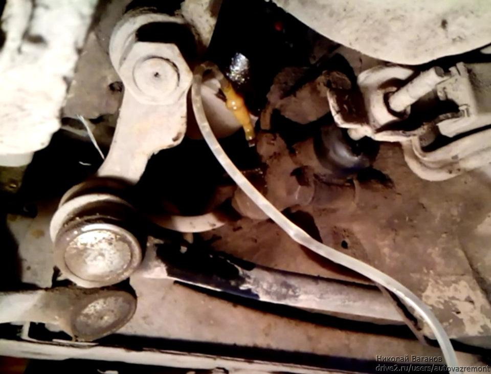8bdea09s 960 - Течь главного цилиндра сцепления