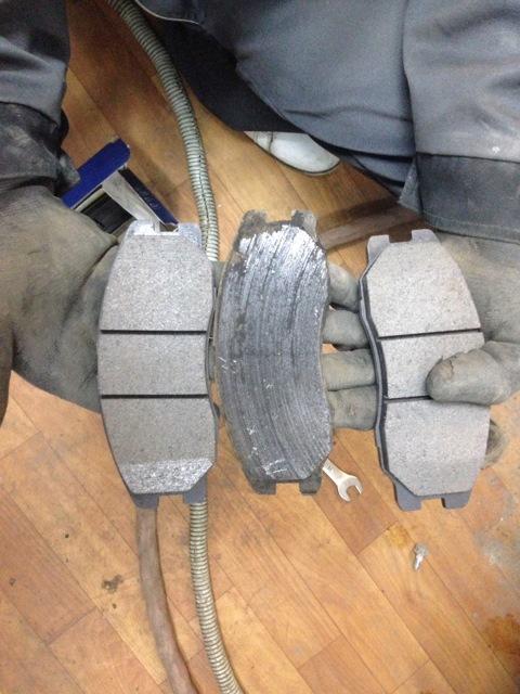 Замена тормозных колодок своими руками