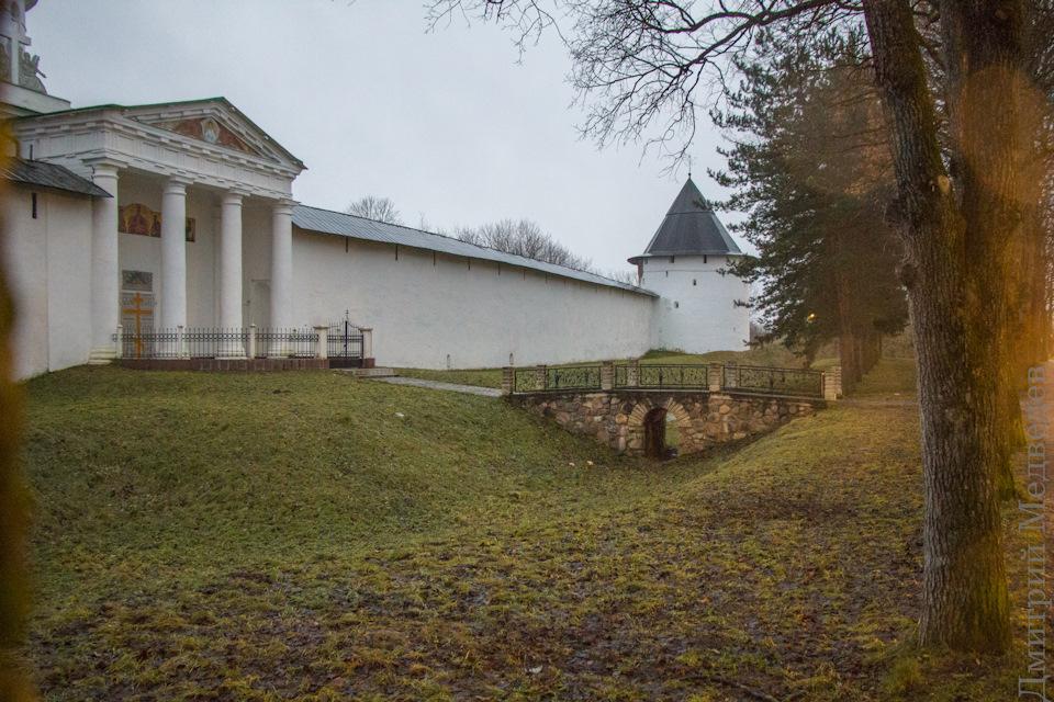 Печорский монастырь снаружи