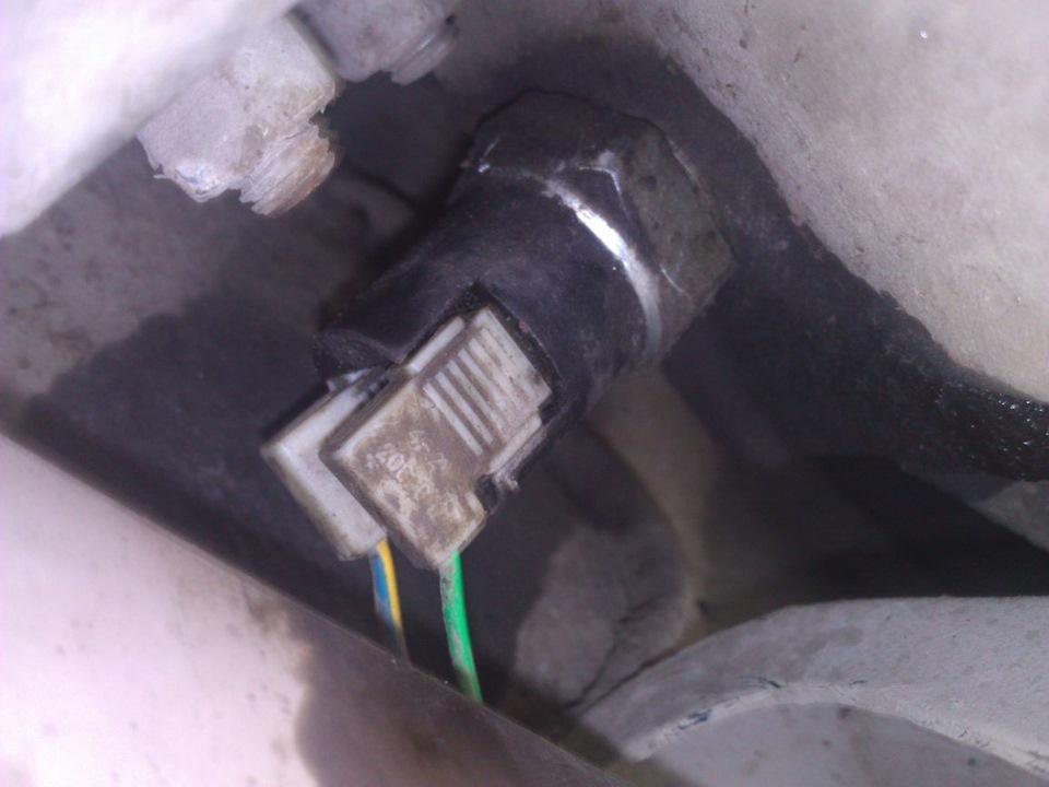 Фото №21 - не горят фонари заднего хода ВАЗ 2110
