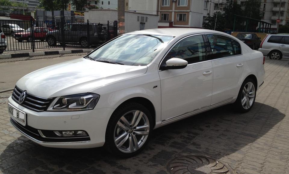 Новые колеса R18 бортжурнал Volkswagen Passat Белый Конь