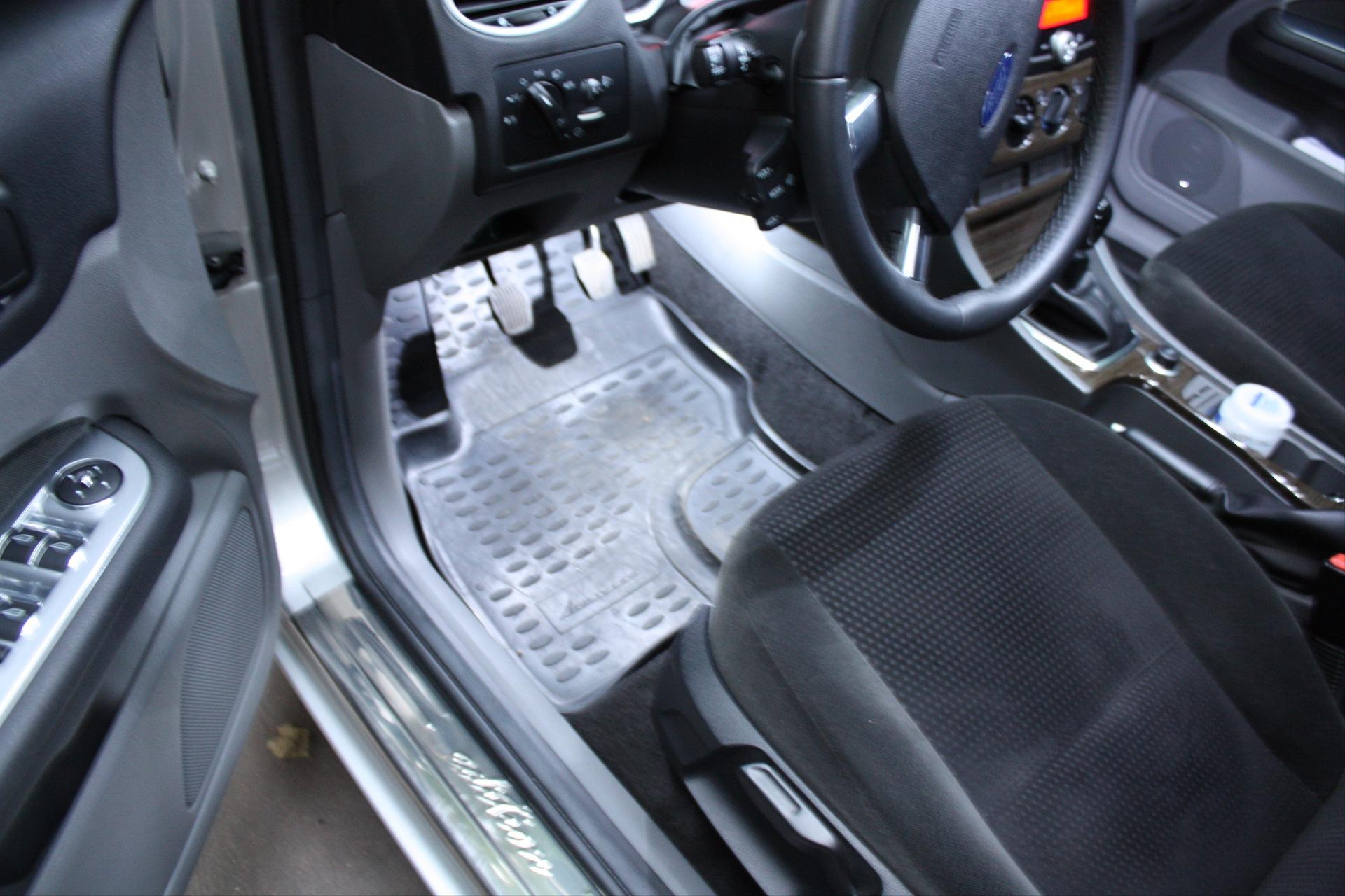 Щиток приборов (панель приборов) Форд/Ford Focus/Фокус