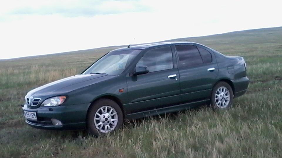 nissan primera 2001 года