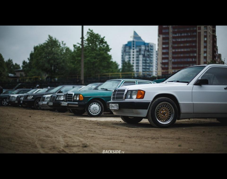 The benz mafia roadside picnic mercedes for Mercedes benz blanket