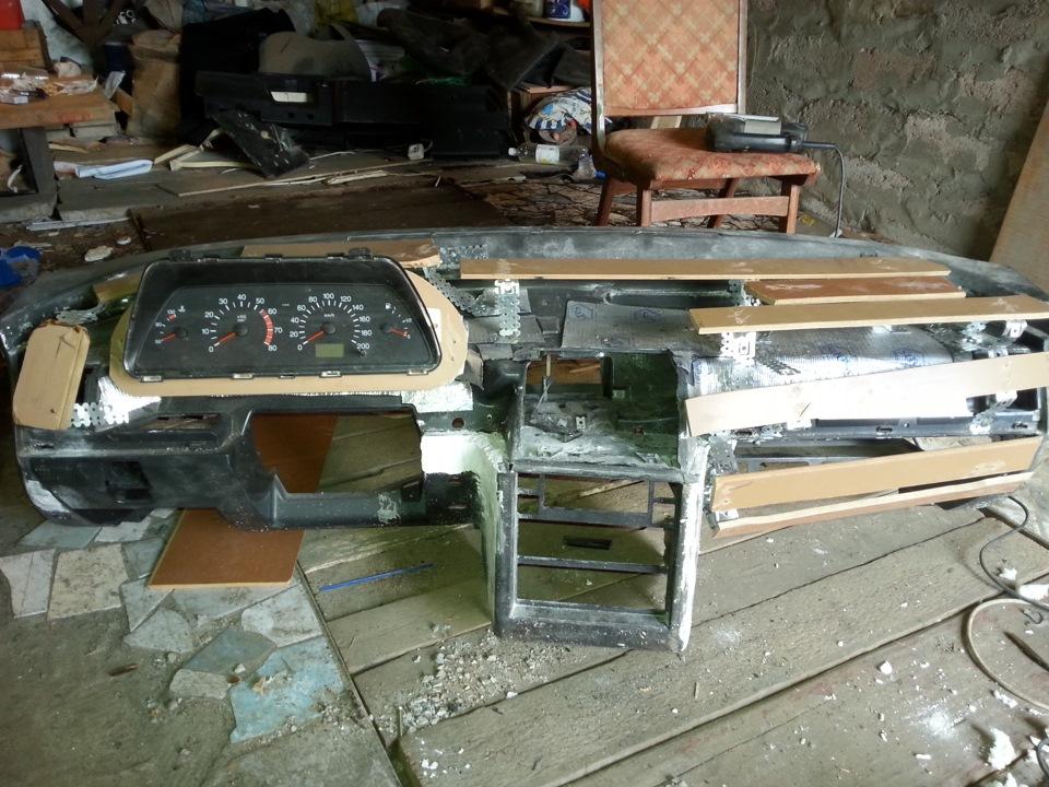 Фото №9 - тюнинг торпедо ВАЗ 2110 своими руками