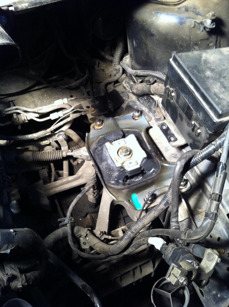 Как поменять фильтр на форд фокус 3