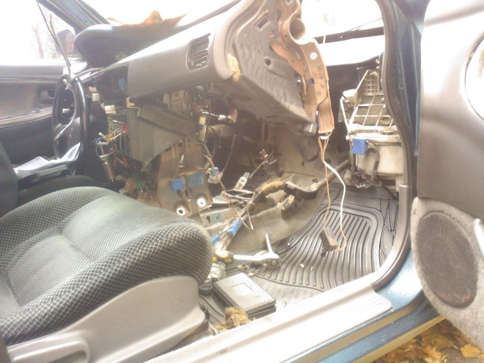 Почему печка дует холодным воздухом в машине