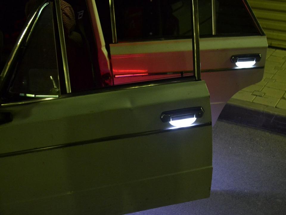 Как сделать подсветку в двери автомобиля 137