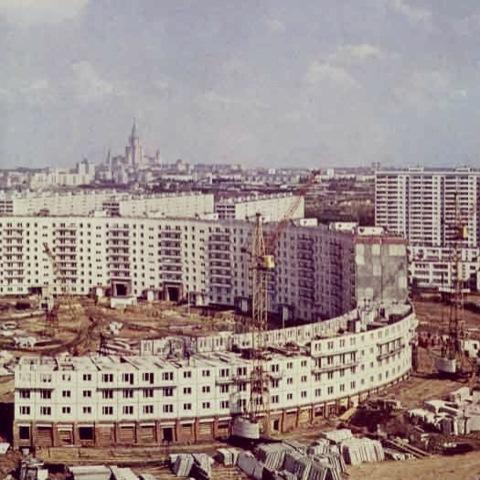 строительство круглого дома. 1973 год