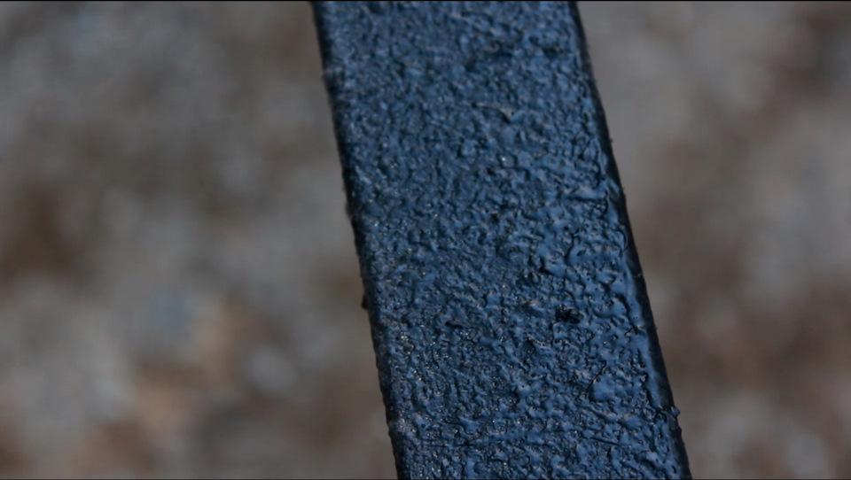 Рама дома на колесах покрыта антигравием HB Body u 951