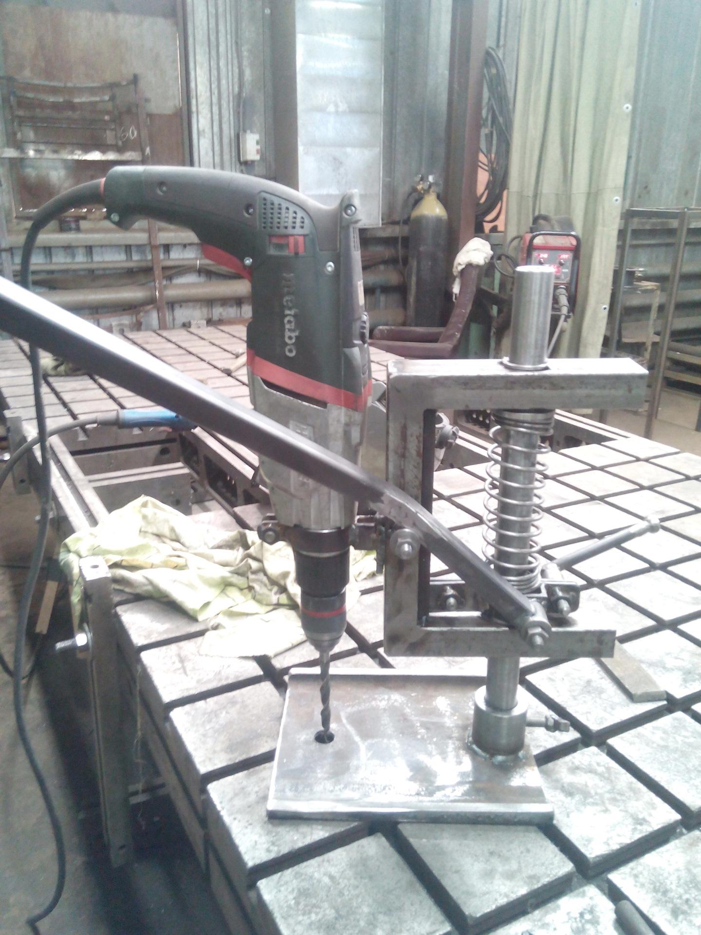 Сверлильный станок из дрели своими руками видео фото 681