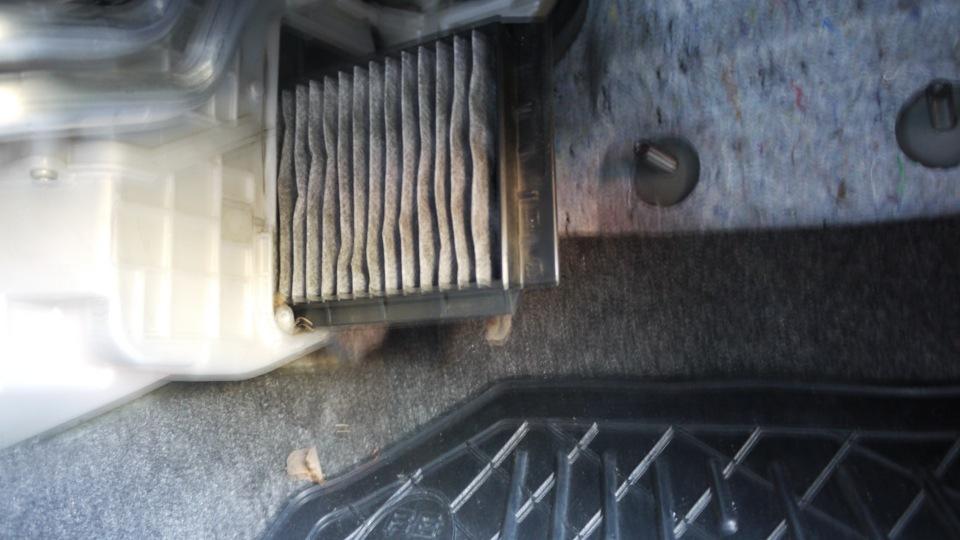 Как заменить фильтр салона мазда 6
