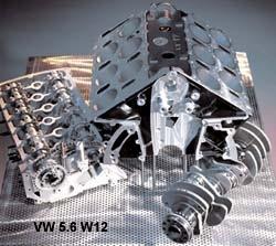 W-образный супермотор, который пока стоит на концепт-родстере и купе VW W12, — это два блока цилиндров VR6 (на фото хорошо видно шахматное расположение цилиндров), объединенных в одной отливке под углом 72 о. Длина 5,6-литрового 420-сильного мотора — всего 51 см, ширина — 70 см