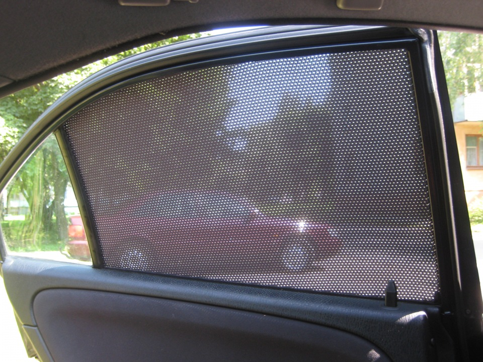 Шторки на радиатор авто