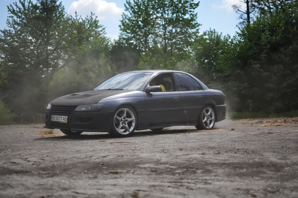Need for drift logbook opel omega rvd garage tuning r18 for Garage opel bessancourt 95